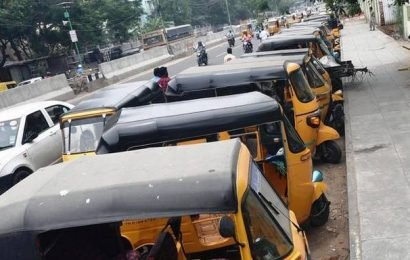 Unauthorised parking of autos near GH bus stop irks commuters