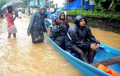Street vendor donates new clothes to flood victims