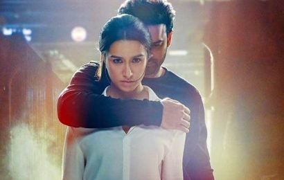 Saaho Midnight Premiers: Telangana Fans Going To AP