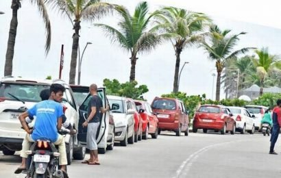 Tourist traffic a weekend nightmare for residents