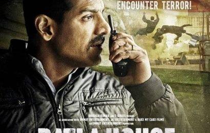 Batla House box office day 1 collection:  धांसू कमाई के साथ हुई John Abraham की फिल्म की शुरुआत, पहले दिन कमाए इतने करोड़ रुपये | Bollywood Life हिंदी