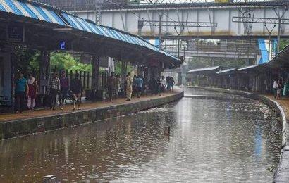 Heavy rain hits life in Mumbai again