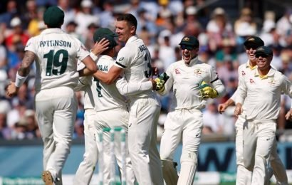 Australia close to retaining Ashes as England wilt at Headingley