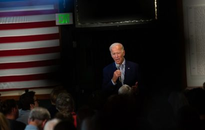 Polling picture comes into focus: Joe Biden leads three-way race at top