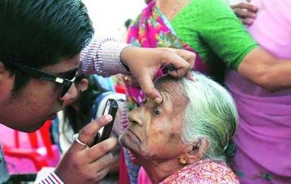 In Madhya Pradesh, 11 complain of loss of vision after cataract surgery at private hospital