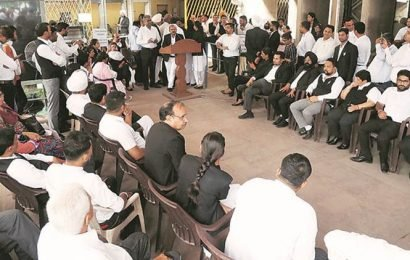 Lawyers' stir continues against Haryana move on administrative tribunal, litigants suffer