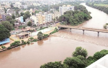River overflowing and dam full, but water cuts back in Pimpri