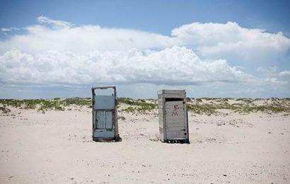 Mexico's Playa Bagdad mixes sun, sand and drug trafficking