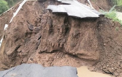 Vadodara: 2 villages cut off from each other as connecting road caves in