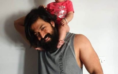 KGF star Yash breaks down after seeing his daughter in pain after ear piercing | Bollywood Life