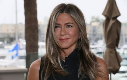 Jennifer Aniston Magazine Cover Earns Ire: Why is She… Black?!?