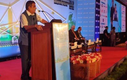 No plan to ban petrol-diesel vehicles: Gadkari