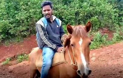 Teacher who goes to school on horseback felicitated