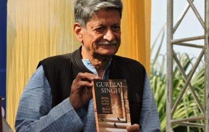 Noted novelist and playwright Kiran Nagarkar passes away