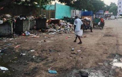 Garbage stays put on Anna Main Road