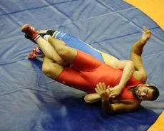 Wrestling Worlds: Naveen in medal contention