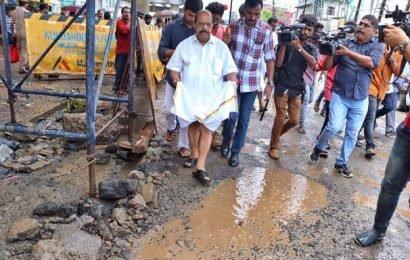 Kerala PWD Minister Sudhakaran blames district administration for Ernakulam traffic snarls