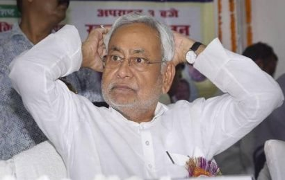 NDA and mahagathbandhan face–off over face of CM in Bihar