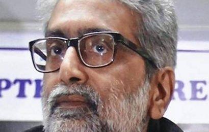 Bhima-Koregaon case: Bombay HC extends Gautam Navlakha's relief from arrest for three weeks
