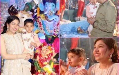 विसर्जन से पहले गणेश मूर्ति के दर्शन के लिए पहुंची सिंगर Tulsi Kumar, परिवार के साथ कुछ इस अंदाज में आई नजर