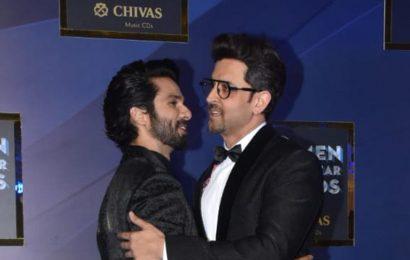 GQ Awards: Shahid Kapoor hugs Hrithik Roshan, Sara Ali Khan stuns in black. See pics