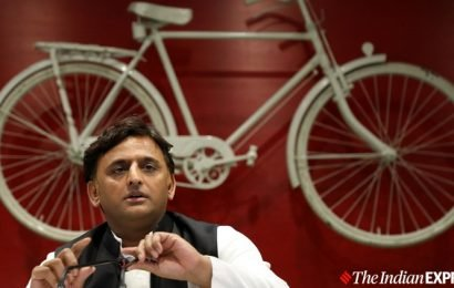 All cases against Azam Khan would be withdrawn if SP comes to power: Akhilesh Yadav