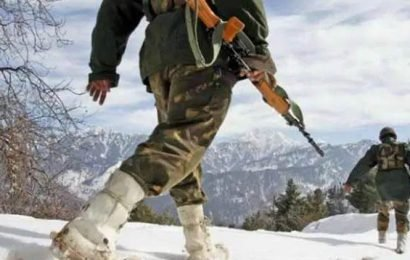 India, China troops face-off in Ladakh, resolved after talks