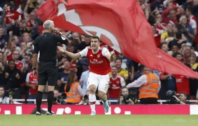 Arsenal recovers to draw 2-2 against Tottenham as VAR history repeats