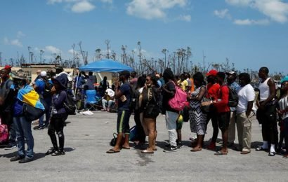 As desperation rises, thousands in Bahamas flee Dorian's devastation