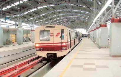 Kolkata: Metro services hit after woman attempts suicide on tracks