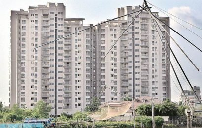 Maradu apartments: Flats to be razed by controlled explosion