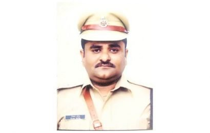 Ahmedabad: Positive change, 80% wearing helmets, says DCP