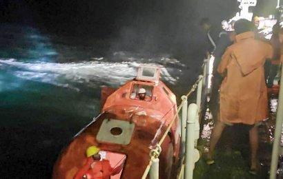 Abandoned dredger 'Tridevi Prem' sinks off Karnataka coast
