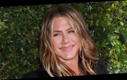 Jennifer Aniston Breaks Instagram Record By Reaching One Million Followers in Five Hours!