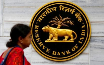RBI cuts repo rate, home and auto loans to drop