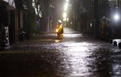 Typhoon Hagibis batters Japan with 'unprecedented rain'