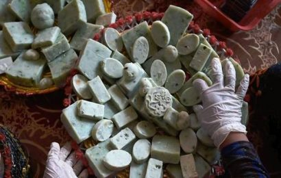 Soap factory helps former addicts stay clean