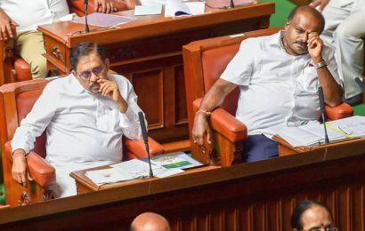 Day after I-T raid, ex-K'taka dy CM's aide found hanging