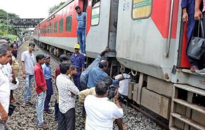 Bogie detaches from Netravati