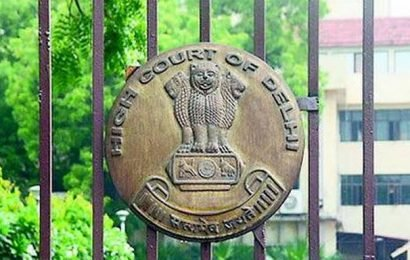 Remove abandoned vehicles from roads: HC