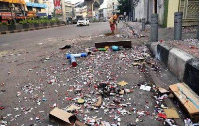 Pollution levels soar on Deepavali night