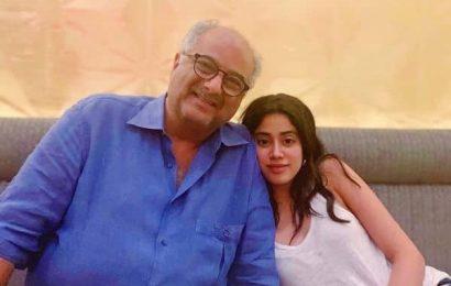 Janhvi Kapoor के हाथ लगी ये फिल्म, पहली बार पिता Boney Kapoor के साथ करेंगी काम | Bollywood Life हिंदी