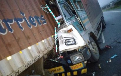 Driver killed as lorries collide in Karnataka's Chitradurga district