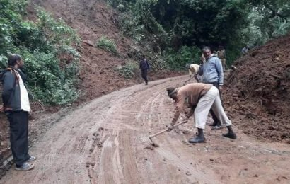 Rain leads to landslips at 14places in the Nilgiris