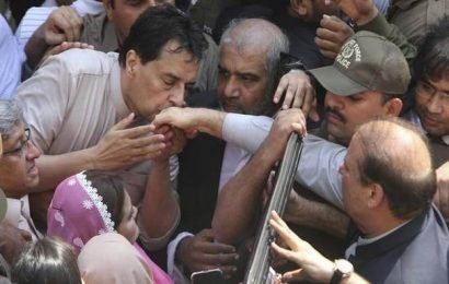 Nawaz Sharif's son-in-law Capt (retd.) Safdar arrested in hate speech case
