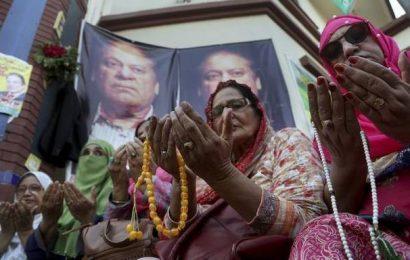 Nawaz Sharif fighting for life: doctor