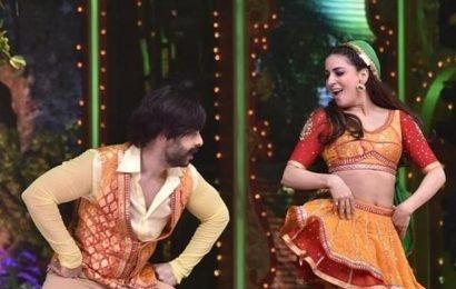 Nach Baliye 9: Shraddha Arya complains judge Raveena Tandon distracted her during performance, this is her response
