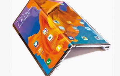 Techilicious with Rajiv Makhni: A look at Samsung Fold – India's most expensive phone