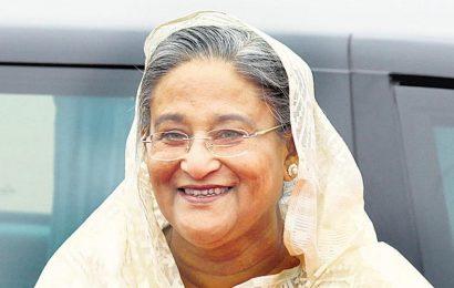 Sheikh Hasina meets Congress leaders, invites Sonia Gandhi to Bangladesh