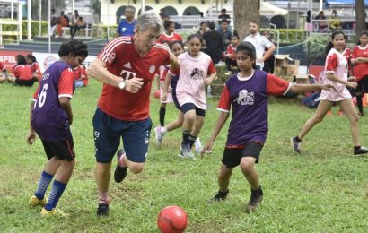EXCLUSIVE: Bayern legend Klaus Augenthaler talks about money in football, Thomas Mueller situation and much more